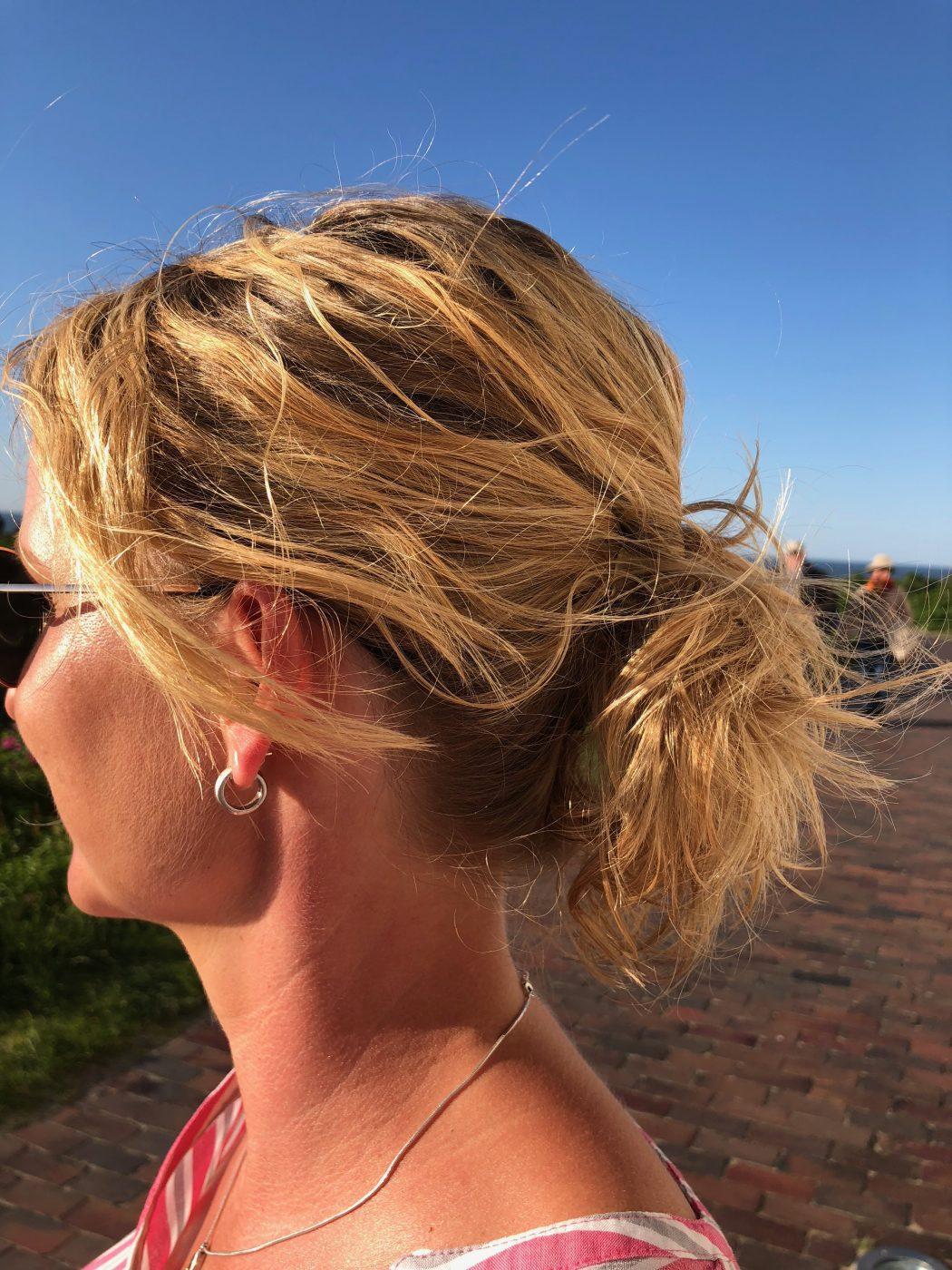 Körpersprache der Frau - 5 Signale, dass sie auf dich steht - Männlichkeit stärken